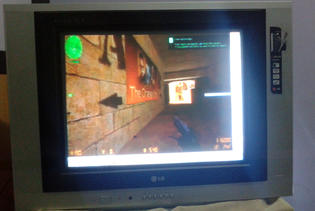 Main Counter Strike Condition Zero di TV Tabung