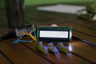 NodeMCU I2C LCD - TutorKeren.com